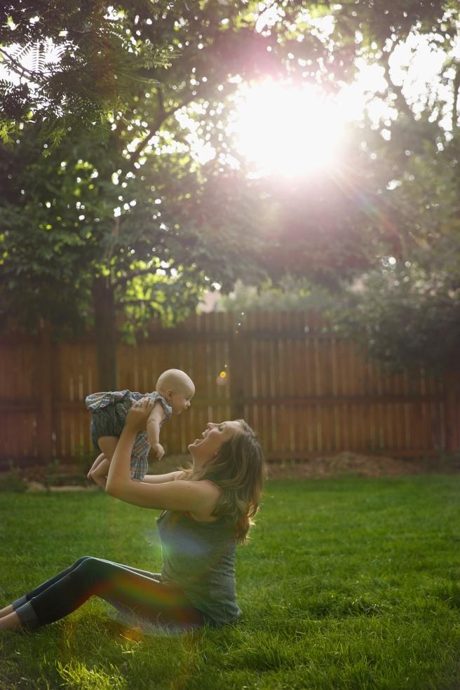 Liv&Quinn_Motherhoodmymyweb